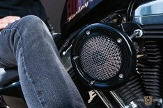 Velociraptor Air Cleaner Gloss Black